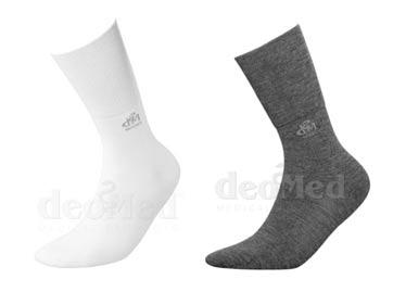 deomed-kiristämättömät-sukat
